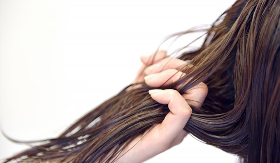 髪が痛む原因